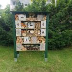 Insektenhotel an der Herz Jesu Kirche © privat